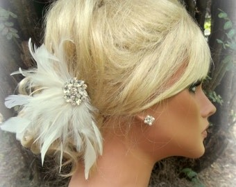 Wedding Fascinator, Ivory Fascinator, Wedding Hair Clip, White Fascinator, Feather Fascinator, Feather Hair Clip, Ivory Hair Clip, White