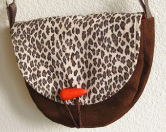 Unique small purse brown animal print, cheetah animal print