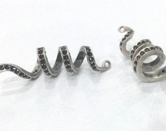 2 Pcs Antique Silver Plated Brass Pendant  G2123