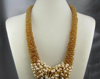 Pearl and Gold Lekku Necklace