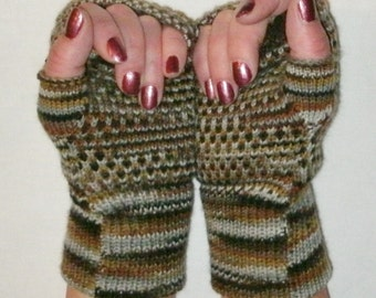 Fingerless gloves made from merino wool