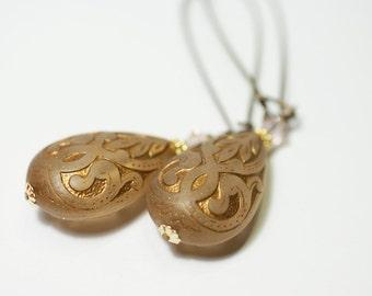Vintage Golden Brown Lucite Teardrop Earrings