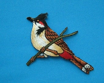 Iron-on Embroidered Patch Red-whiskered Bulbul 3 inch