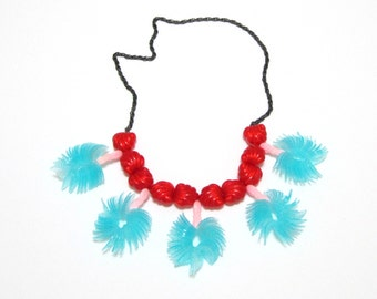 Hawaii Plastic Necklace