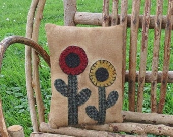 Penny Rug Pillow- Primitive Flower Pillow