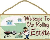 """Welcome To Our Rolling Estate CAMPER Funny Retro RV Camping Travel Trailer Camp 5"""" x 10"""" Wall Sign Plaque"""