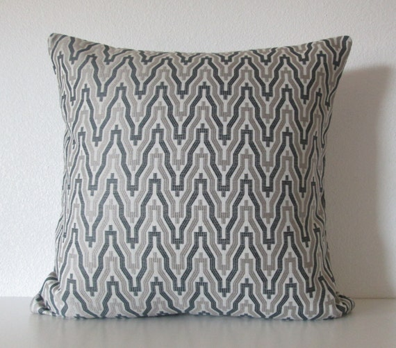 Items similar to Ethan Allen Kasuri Graphite gray silver charcoal zig zag decorative throw ...