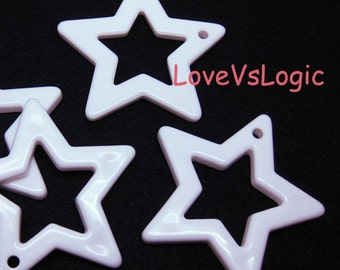 6 Huge Acrylic Star Pendant. Off White. 48mm