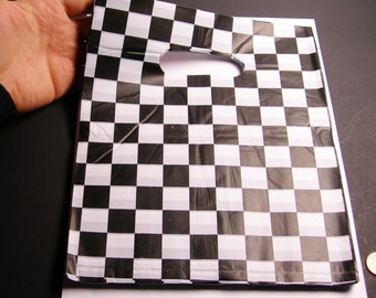 """QTY 100 - Plastic bags- Handle bags - retail bags - wholesale bags - 8""""x 10"""" - LDPD51"""