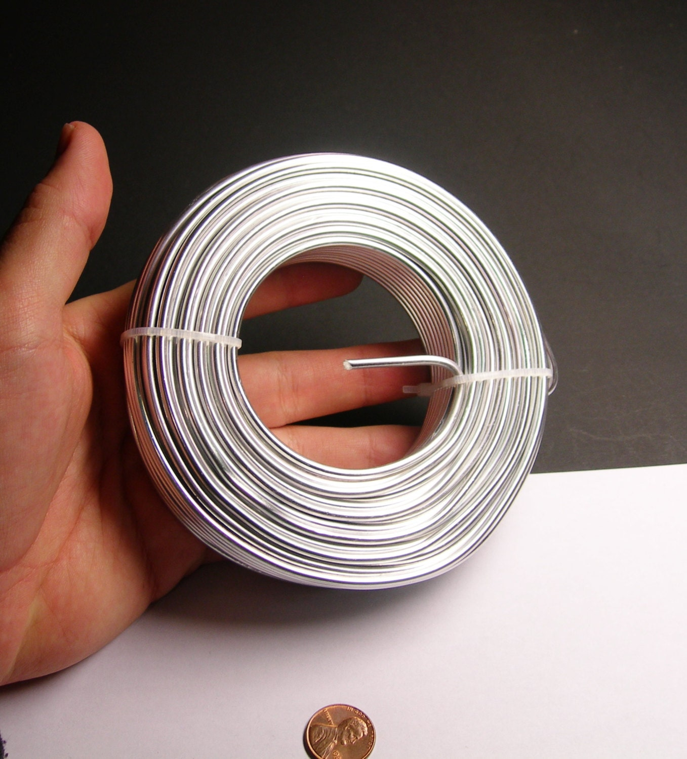 Aluminum wire 9 gauge 3mm 78 foot rool good quality silver aluminum wire 9 gauge 3mm 78 foot rool good quality silver anodized wire 24 meters keyboard keysfo Gallery