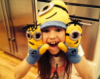 Despicable Me Minion(Inspired) set-Minion Hat and Minion Mittens Gloves- Baby Boy Girl Photo Prop Set -baby halloween outfits