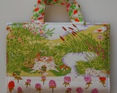 crayon art folio - frog family picnic