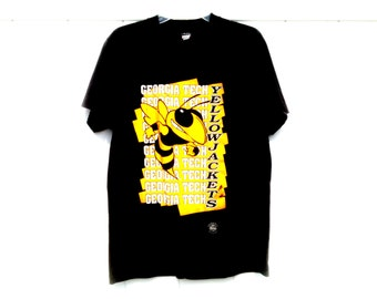 Vintage 90's Loud Graphic T-Shirt Georgia Tech Yellow Jackets with Buzz Men's Medium