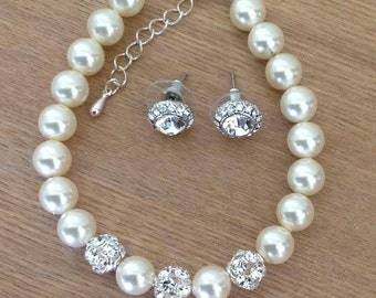 Swarovski Ivory pearl and rhinestone bracelet with crystal studs - Earring and bracelet set