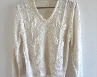 Vintage Off-White V-Neck Sweater Size M