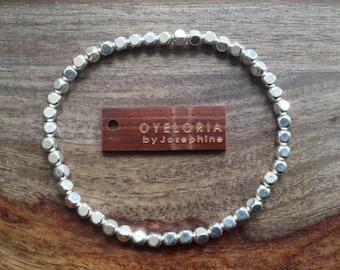 Silver beaded bracelet, silver hammered beaded bracelet, elastic silver bracelet, beaded silver bracelet, hammered beaded bracelet silver