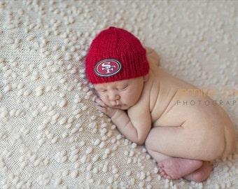San Francisco 49er's Baby Beanie, 49er's baby knit, San Francisco football baby hat, Newborn 49er's Hat, Handmade 49er's baby, Photo Prop