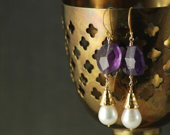 Venus earrings - Amethyst and pearls - Rich Renaissance inspired gold plated dangle earring - Orchid purple - Teardrop pearl