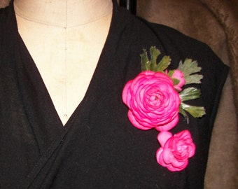 Flirty 2-for-1 Hot Pink Ranunculus Floral Pin Set