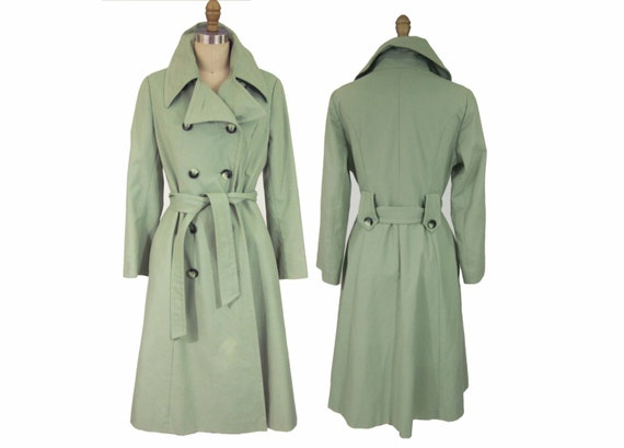 Vintage 1970's Green Raincoat Trenchcoat