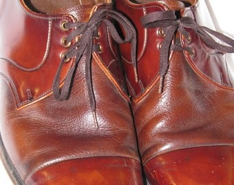 Vintage 1970s Men's Dress OXFORDS in Burnt Irange Oxblood MAD MEN