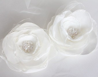 Set of 2 flower bridal hairclips