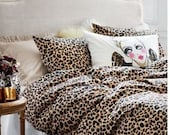 King size, goose down, feather quilt with leopard print duvet cover and matching pillow cases