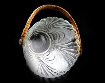 Art Deco Ice Bucket Cambridge Glass Alpine Clear Stippled Pressed Glass with Rattan Handle