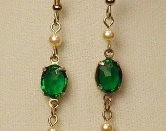 Victorian Steampunk  emerald green earrings E060