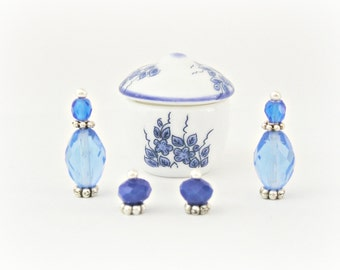 Blue Ceramic Set of Highly Detailed Miniature Soup Pot, Salt and Pepper Shakers and Crystal Bottles Dollhouse Dinnerware Best Quality