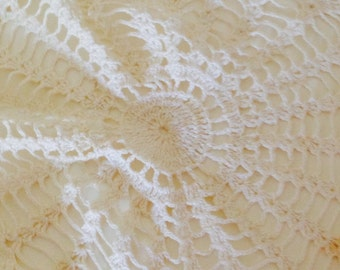 Vintage Gorgeous Hand Crocheted Star Table Doily