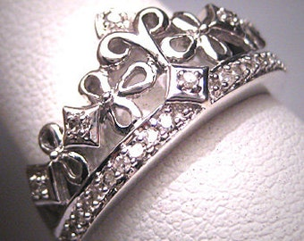 Vintage Diamond Wedding Band Crown White Gold Ring Deco
