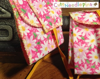 Free Shipping to the US** CrossFit Wrist Wraps - Pink Daisy Flowers