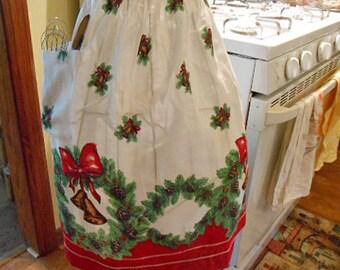Christmas PINE BOUGH & WREATH Half Apron, Gold Bells Red Bow Border Pine Cones, Holiday Cotton Kitchen Wear, Rick Rack Pocket 1950 Hostess
