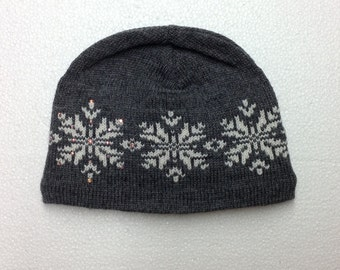 Swarovski Crystals on a Knit Wool Beanie in Snowflake Pattern - BLING - FREE SHIP