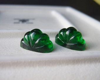 Vintage 21 mm x 12 mm Emerald Ribbed High Dome Cabochon (2) - Destash