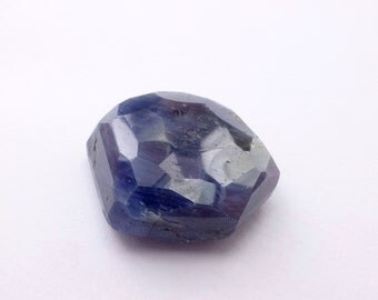 SAPPHIRE. Natural. GiGANTIC HuMONGOUS. Faded Jeans Blue. Micro Facet Top. Freeform. 1 pc. 63.36 cts. 25x21x9 mm (S1179)