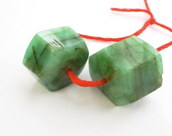 EMERALD. Natural. Hexagon Faceted Beads. 2 pc. 42.20 cts. 15x15x9 mm (EM1053)