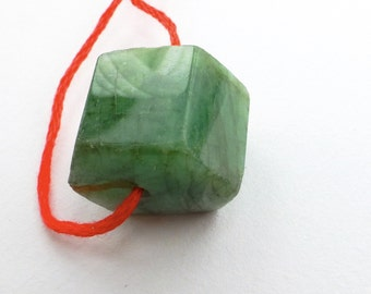 EMERALD. Natural. Hexagon Faceted Beads. 1 pc. 34.60 cts. 16x18x14 mm (EM1055)
