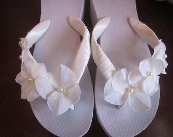 Bridal Flip Flops.Wedding Flip Flops.Platform Flip Flops.Wedged Flip Flops.Beach Wedding. Destination Wedding Accessories.Ivory Flip Flops.