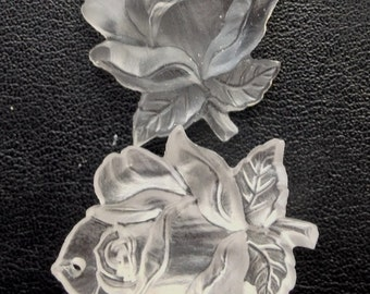 BWB A Real Beauty of an American Beauty Frosted Glass Vintage Rose Pendant (1) 32mm W. Germany