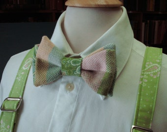 Wool Blend Mens Bow Tie Custom Made / Pink And Green Bow Ties / Pre-Tied Style Bow Ties / Preppy Wedding / Paisley And Plaid Fabric