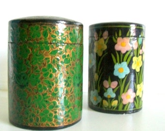 Handmade Vintage Paper Mache Spring Box/Canister from Kashmir India
