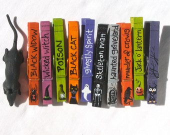 HALLOWEEN CLOTHESPINS hand painted magnetic