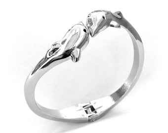 Silver Tone Alloy Metal Twin Dolphin Bangle Bracelet  T0702