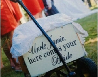 Custom Here comes the Bride wooden sign, custom wedding sign by Dressingroom5