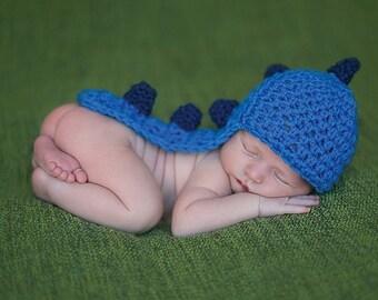 Newborn Dino hat, crochet dino hat, crochet newborn hat, crochet newborn boy hat, crochet newborn cape, photo prop