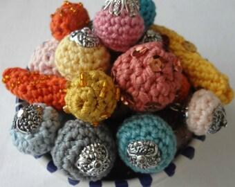 CROCHET PATTERN How to Crochet Beads,crochet bead,how to make crocheted beads,crochet balls,crochet triangles, crochet supplies,