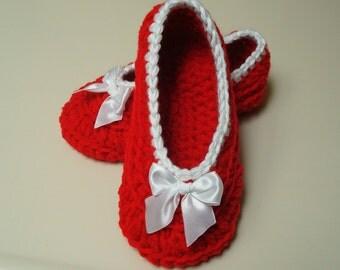 Cozy Crochet Slippers  Toddler through Women's Size 11