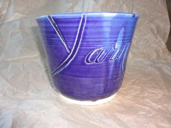 Pottery Yarn Bowl in Sky Blue, Knit  with J cut Yarn carving Jumbo size
